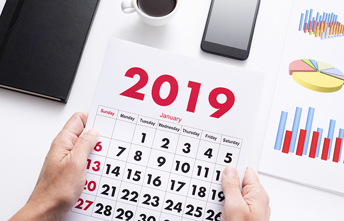 man with a calendar of 2019